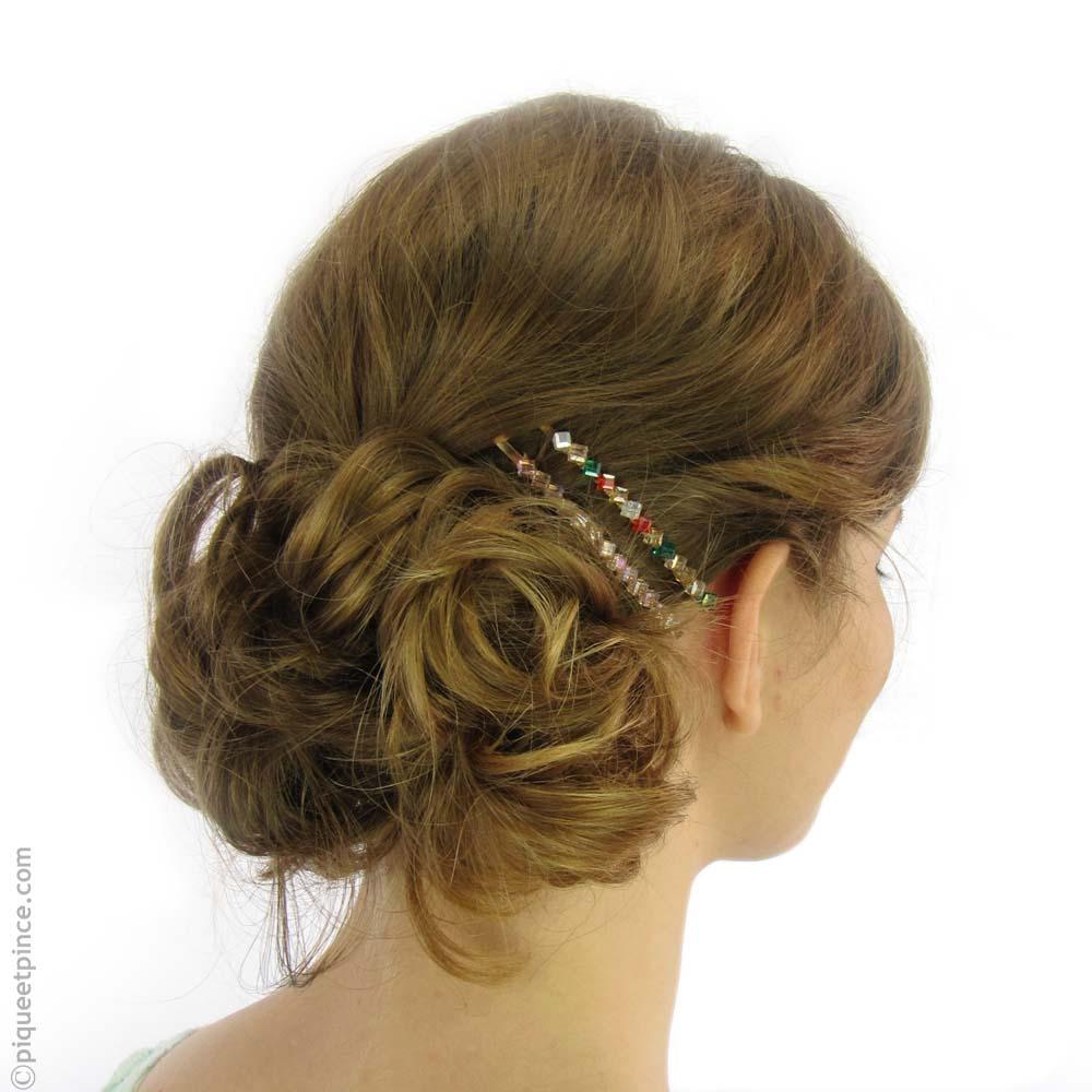 Une coiffe ultra féminine et très inspirante avec les barrettes